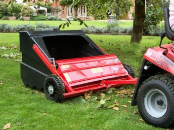SCH TS98 Towed Sweeper/Collector