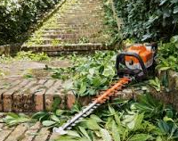 HS82 T hedge Trimmer 30 inch